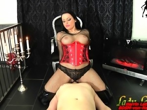 german bdsm facesitting piss femdom slave lady