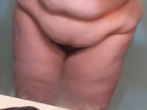 Piggy fat jiggle