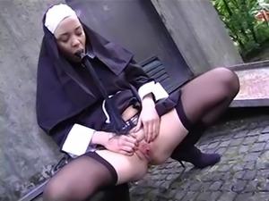 Annette schwartz nun