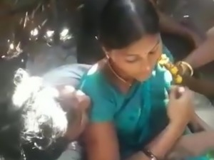 Indian Desi Tamil Aunty Gangbang